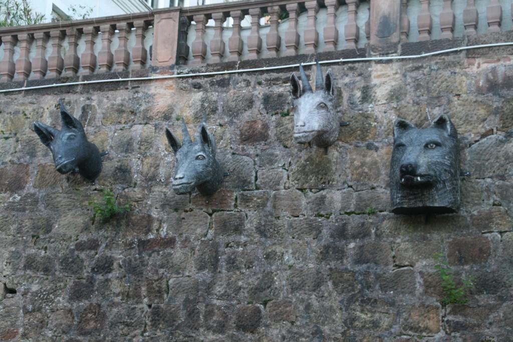 Marburg 2015. Tierköpfe